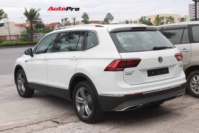 SUV 7 chỗ Volkswagen giá 1,7 tỷ đồng đã có mặt tại đại lý, sẵn sàng đấu Mercedes-Benz GLC - Ảnh 3.