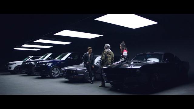 Siêu xe, siêu sang xuất hiện trong MV của Soobin Hoàng Sơn, Mr.A và Cường Seven - Ảnh 1.