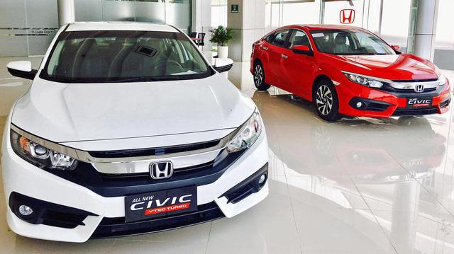 Thêm phiên bản mới giá rẻ, Honda Civic đắt khách kỷ lục tại Việt Nam