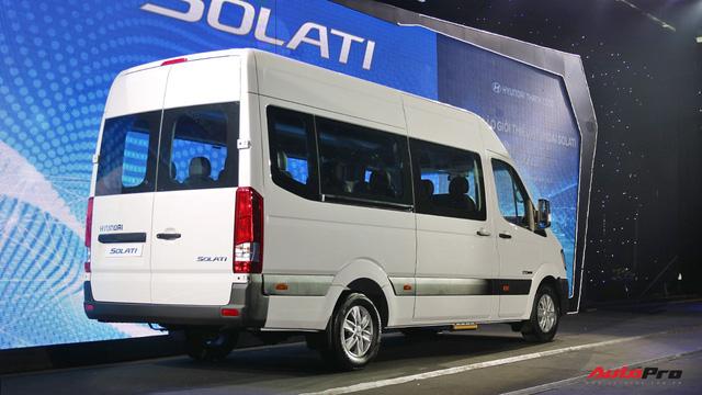Hyundai Solati thay nhà phân phối, giảm 110 triệu đồng để đấu Ford Transit tại Việt Nam - Ảnh 1.