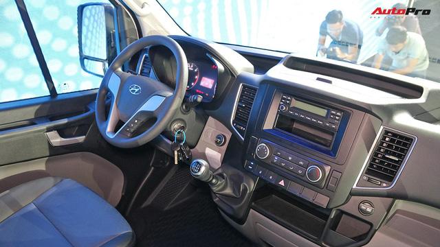 Hyundai Solati thay nhà phân phối, giảm 110 triệu đồng để đấu Ford Transit tại Việt Nam - Ảnh 2.
