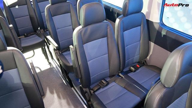 Hyundai Solati thay nhà phân phối, giảm 110 triệu đồng để đấu Ford Transit tại Việt Nam - Ảnh 3.