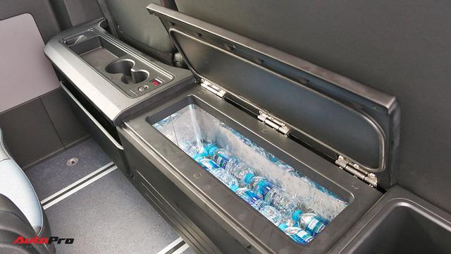 Chênh hơn 160 triệu đồng, Hyundai Solati có gì vượt trội hơn Ford Transit để chiều thượng đế Việt? - Ảnh 14.