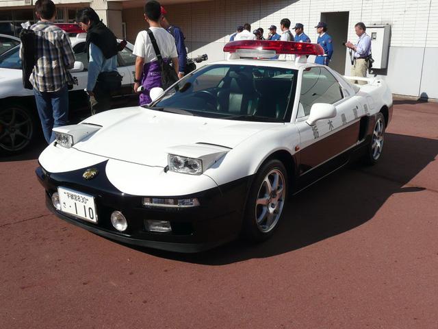 Đại gia bí ẩn tặng Nissan GT-R cho lực lượng cảnh sát Nhật Bản - Ảnh 6.