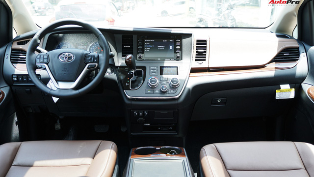Toyota Sienna 2018 siêu lướt có giá bao nhiêu trên thị trường xe cũ? - Ảnh 4.