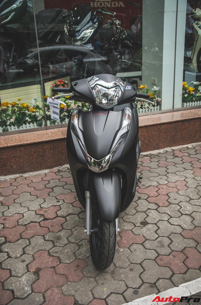 Chi tiết Honda LEAD đen mờ mới - Lựa chọn ngầu của chị em Ninja - Ảnh 4.