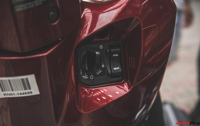 Chi tiết Honda LEAD đen mờ mới - Lựa chọn ngầu của chị em Ninja - Ảnh 9.