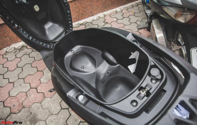 Chi tiết Honda LEAD đen mờ mới - Lựa chọn ngầu của chị em Ninja - Ảnh 12.