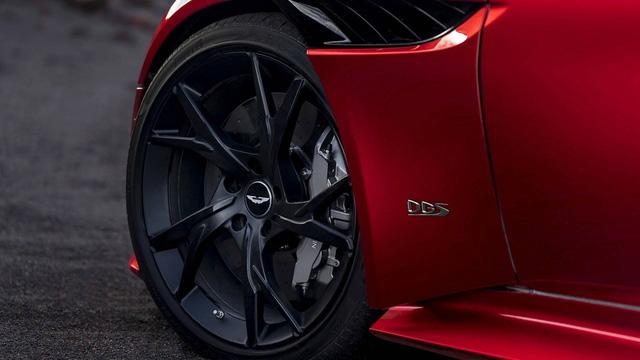 Aston Martin chính thức trình làng DBS Superleggera làm tín đồ siêu xe phát cuồng - Ảnh 12.