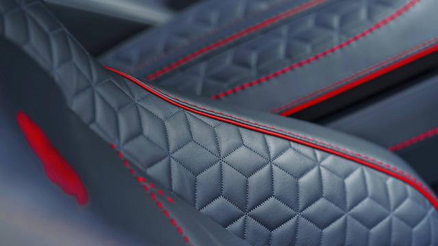 Aston Martin chính thức trình làng DBS Superleggera làm tín đồ siêu xe phát cuồng - Ảnh 21.