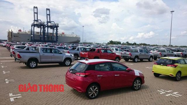 Cận cảnh Toyota Yaris bản vừa cập cảng Việt Nam, giá không đổi - Ảnh 3.