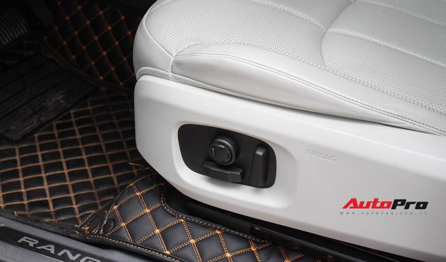 Mới lăn bánh 7.500km, Range Rover Evoque 2017 được rao bán lại giá 2,85 tỷ đồng - Ảnh 20.