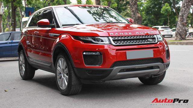 Mới lăn bánh 7.500km, Range Rover Evoque 2017 được rao bán lại giá 2,85 tỷ đồng