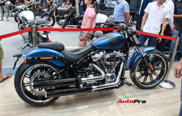 Harley-Davidson Breakout bản kỉ niệm 115 năm giá ngang Toyota Camry tại Việt Nam - Ảnh 1.