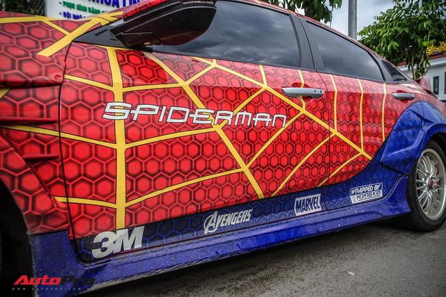 Chiều con nhỏ, ông bố tại Sài Gòn độ Honda Civic Turbo theo phong cách người nhện - Ảnh 7.