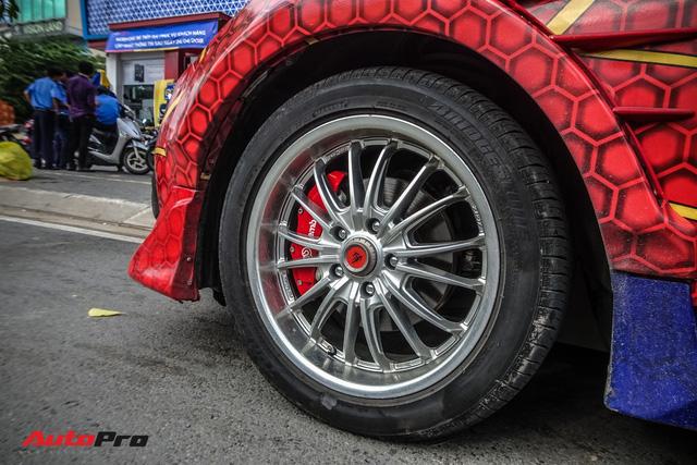 Chiều con nhỏ, ông bố tại Sài Gòn độ Honda Civic Turbo theo phong cách người nhện - Ảnh 5.