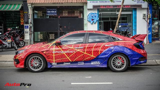 Chiều con nhỏ, ông bố tại Sài Gòn độ Honda Civic Turbo theo phong cách người nhện - Ảnh 6.