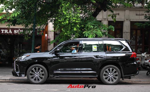 Lexus LX570 Super Sport 2018 trị giá gần 11 tỷ đồng của đại gia Thanh Hóa - Ảnh 3.