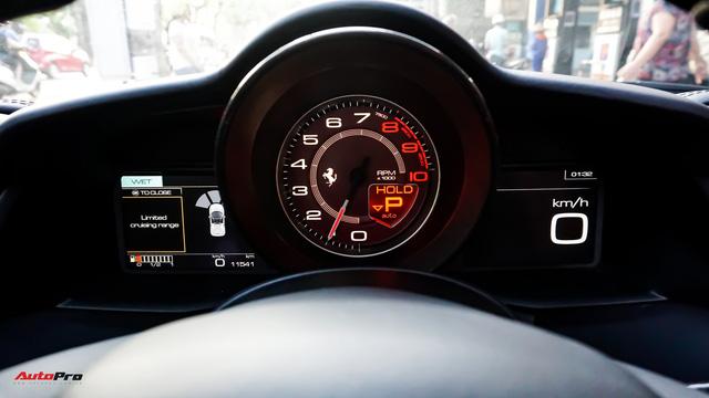 Ferrari 488 Spider kí gửi tại showroom xe cũ Hà Nội với giá ngang Mercedes-Maybach S500 - Ảnh 15.
