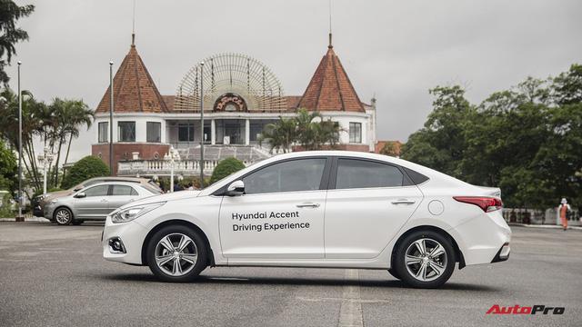 Hyundai Accent cháy hàng, lật đổ Honda City trong cuộc đua doanh số - Ảnh 2.