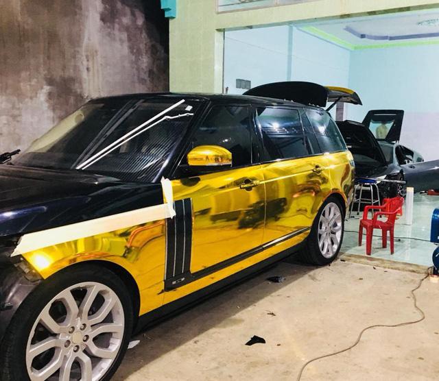 Lamborghini Huracan hàng độc và Range Rover của dân chơi xe Bạc Liêu thay dàn áo chrome kiểu đại gia Dubai - Ảnh 4.
