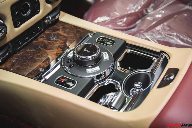Rolls-Royce Ghost Series II EWB phối hai màu độc nhất Việt Nam - Ảnh 13.