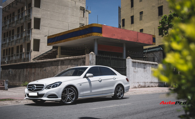 Chạy chưa tới 5.000 km/năm, chủ xe bán Mercedes-Benz E200 Edition E giá chưa đến 1,6 tỷ đồng - Ảnh 15.