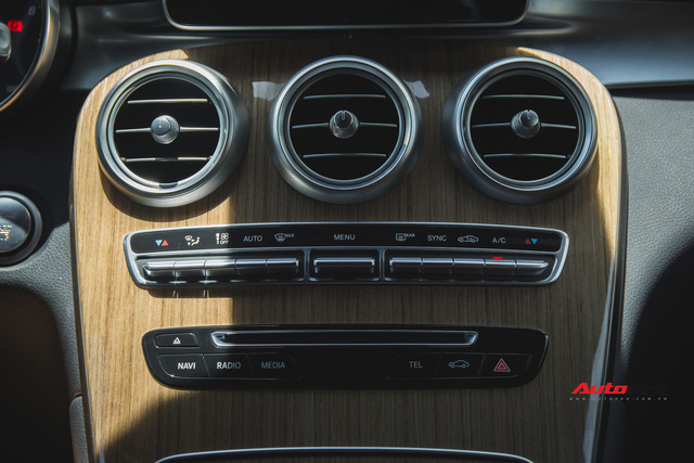 Thích trải nghiệm BMW X3, đại gia Hà Nội bán lại Mercedes-Benz GLC 250 ngay sau 1 vạn km đầu tiên - Ảnh 12.