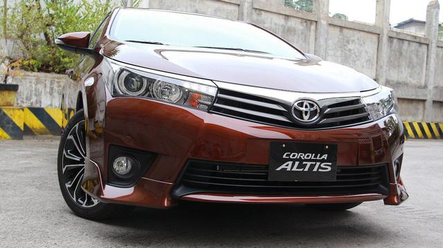 Toyota Việt Nam triệu hồi gần 12.000 xe Corolla, Vios và Yaris vì lỗi túi khí
