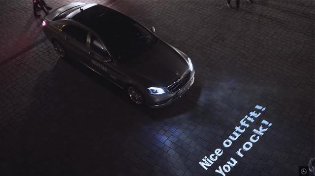 Mercedes-Benz tiếp tục khoe Digital Light - Đèn pha trình diễn ánh sáng của tương lai