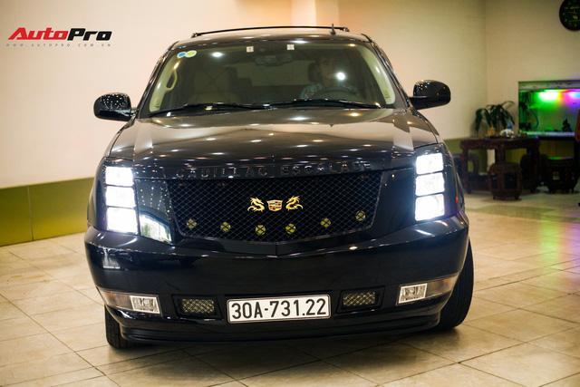 Cadillac Escalade đời 2007 có giá ngang Mercedes-Benz C200 mới tinh - Ảnh 1.