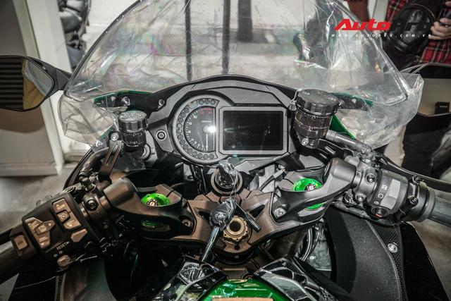 Kawasaki Ninja H2 SX SE đầu tiên về Việt Nam - Mô tô tiền tỷ cho người mê phượt - Ảnh 10.