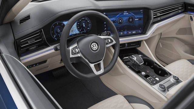 Volkswagen Việt Nam úp mở ra mắt SUV hạng sang cạnh tranh Lexus RX - Ảnh 4.