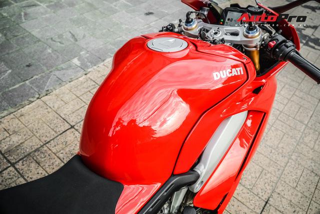 Chi tiết Ducati Panigale V4S được lên đời ống xả gần 200 triệu tại Sài Gòn - Ảnh 12.