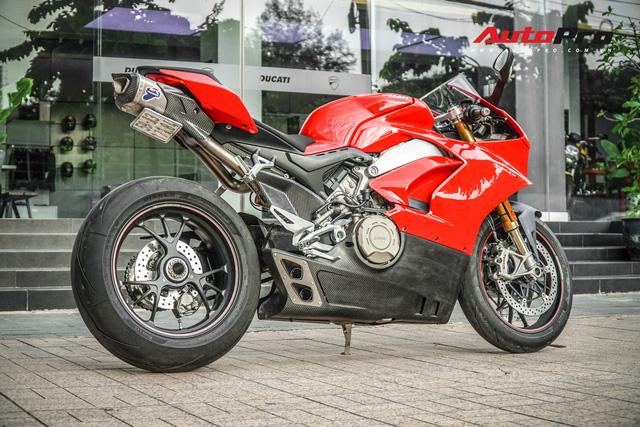 Chi tiết Ducati Panigale V4S được lên đời ống xả gần 200 triệu tại Sài Gòn - Ảnh 3.
