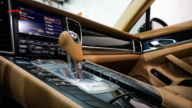Sau hơn 7 vạn km, Porsche Panamera có giá chưa tới 2 tỷ đồng - Ảnh 10.
