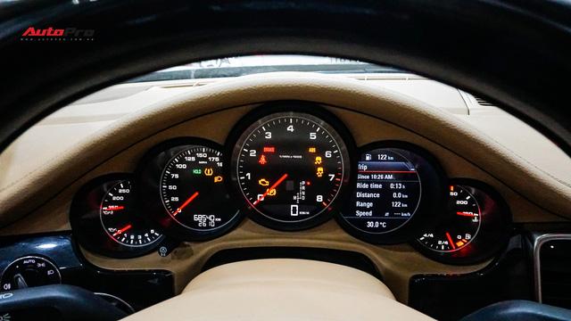 Sau hơn 7 vạn km, Porsche Panamera có giá chưa tới 2 tỷ đồng - Ảnh 8.