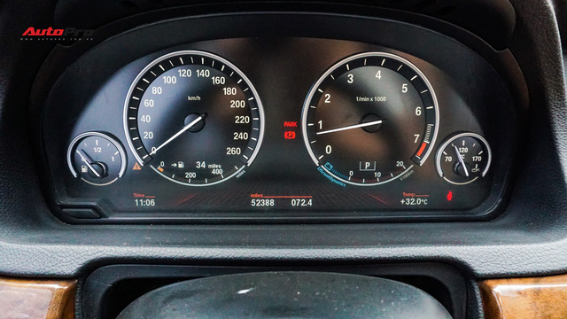 BMW 5-Series Gran Turismo 7 năm tuổi có giá rẻ hơn BMW 3-Series Gran Turismo mua mới - Ảnh 9.