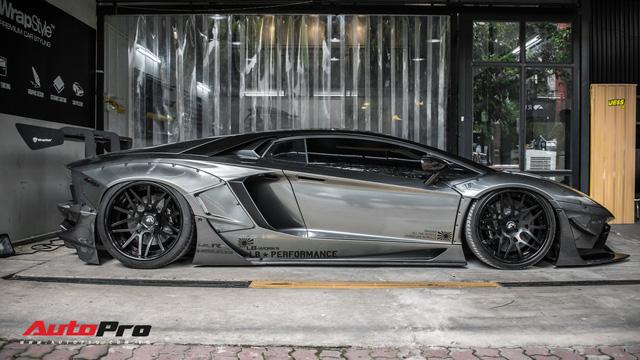 Lamborghini Aventador độc nhất Việt Nam đổi màu 7 sắc cầu vồng - Ảnh 8.