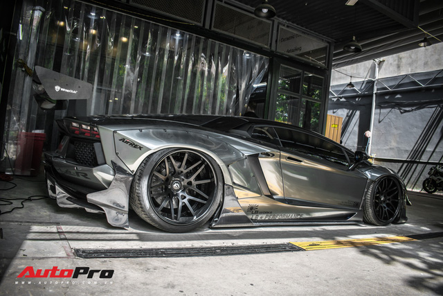 Lamborghini Aventador độc nhất Việt Nam đổi màu 7 sắc cầu vồng - Ảnh 9.