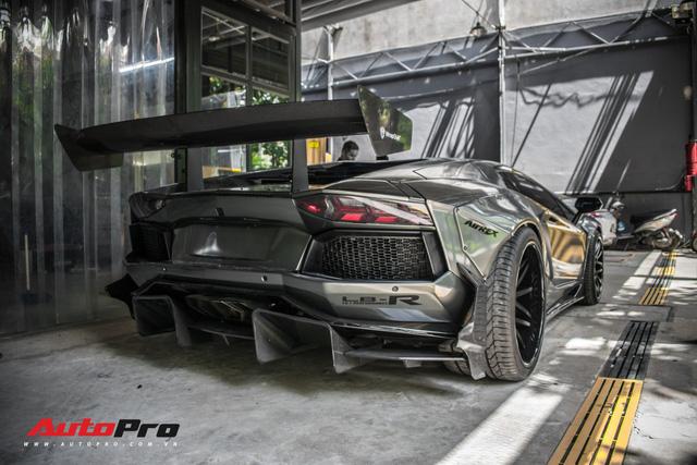 Lamborghini Aventador lên đời với bộ bodykit phiên bản giới hạn giá 3 tỷ từ Liberty Walk - Ảnh 14.