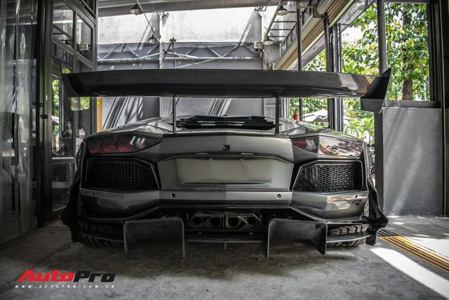 Lamborghini Aventador độc nhất Việt Nam đổi màu 7 sắc cầu vồng - Ảnh 10.