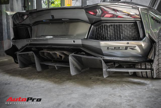 Lamborghini Aventador lên đời với bộ bodykit phiên bản giới hạn giá 3 tỷ từ Liberty Walk - Ảnh 15.