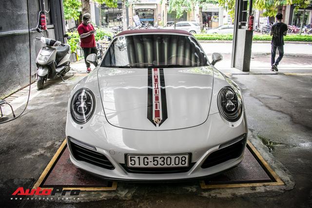 Porsche 911 Targa 4S độc đáo của đại gia Sài Gòn sở hữu cả Ferrari 488 GTB và Rolls-Royce Ghost - Ảnh 2.