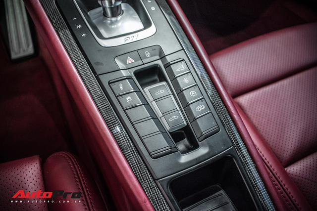 Porsche 911 Targa 4S độc đáo của đại gia Sài Gòn sở hữu cả Ferrari 488 GTB và Rolls-Royce Ghost - Ảnh 14.
