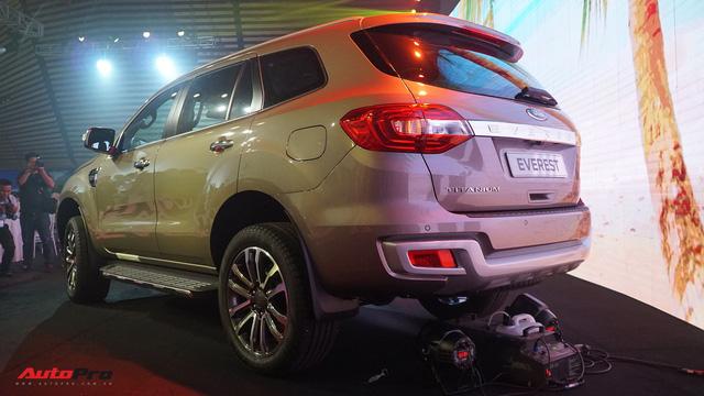 Ford Everest 2018 giá từ hơn 1,1 tỷ đồng, phả hơi nóng lên Toyota Fortuner - Ảnh 5.