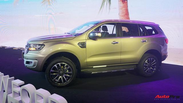 Ford Everest 2018 giá từ hơn 1,1 tỷ đồng, phả hơi nóng lên Toyota Fortuner - Ảnh 4.