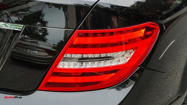 Mercedes-Benz C200 Edition C có gì để trở thành một mẫu xe cũ đáng mua? - Ảnh 6.