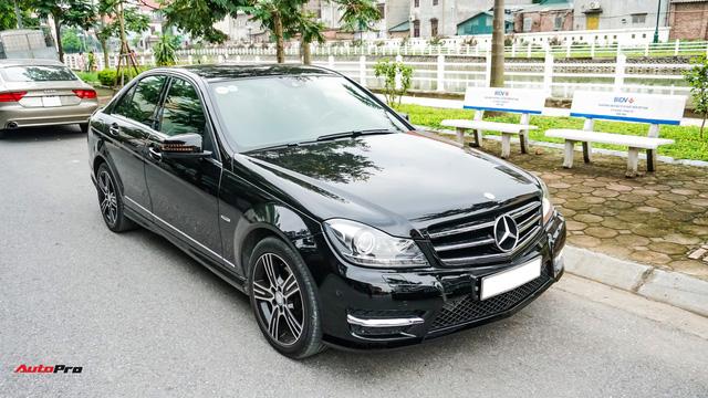 Mercedes-Benz C200 Edition C có gì để trở thành một mẫu xe cũ đáng mua? - Ảnh 1.