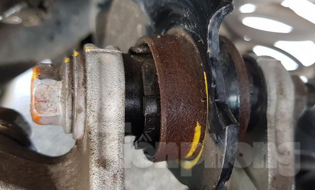 Khách hàng phản ánh Honda CR-V 2018 bị gỉ sét sau vài tháng lăn bánh - Ảnh 1.